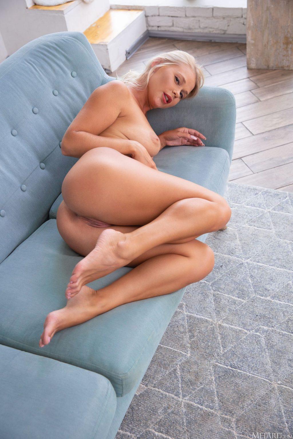 Sarika A Nude & Sexy – Expose (84 Photos)