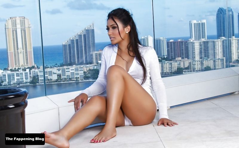 Shantel Jackson Sexy Collection (20 Photos)