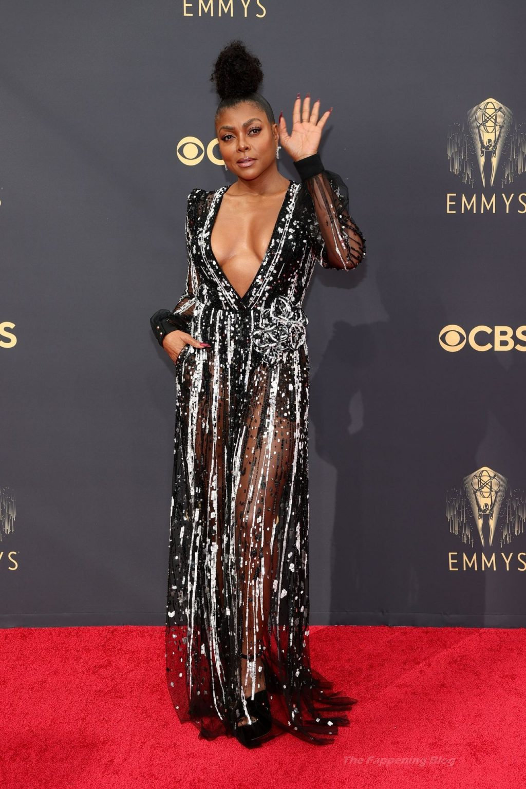 Taraji P. Henson Shows Off Her Cleavage at the 73rd Primetime Emmy Awards in Los Angeles (22 Photos)