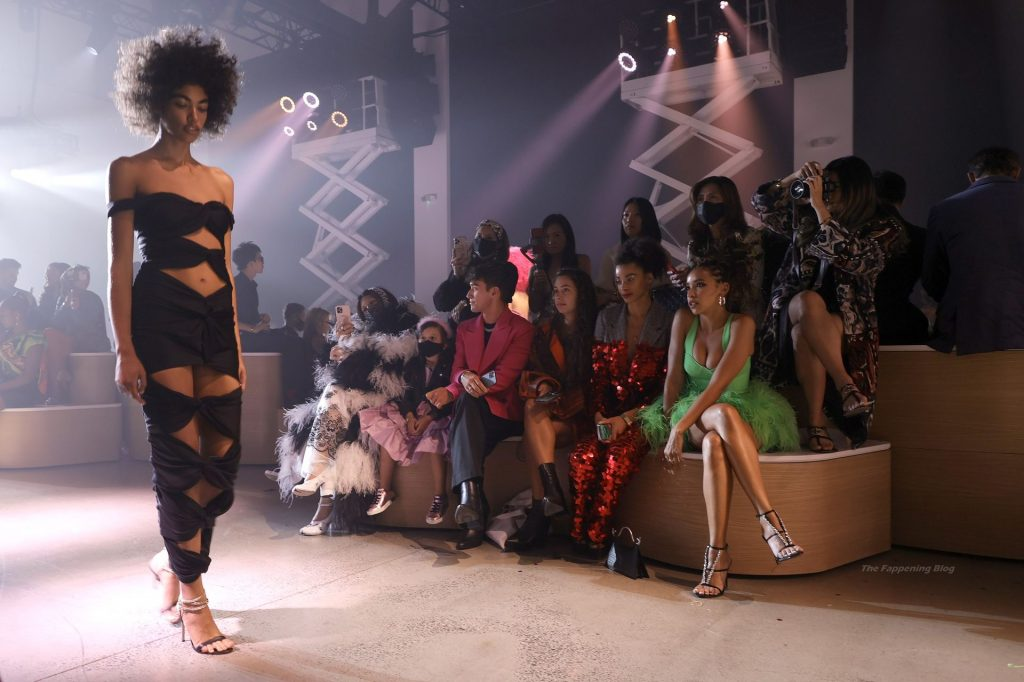 Tinashe Looks Hot at Christian Cowan NYFW Spring/Summer '22 Show (7 Photos)