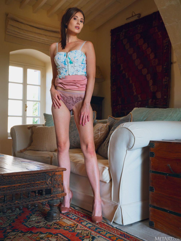 Vanessa Angel Nude & Sexy – Ideal (124 Photos)