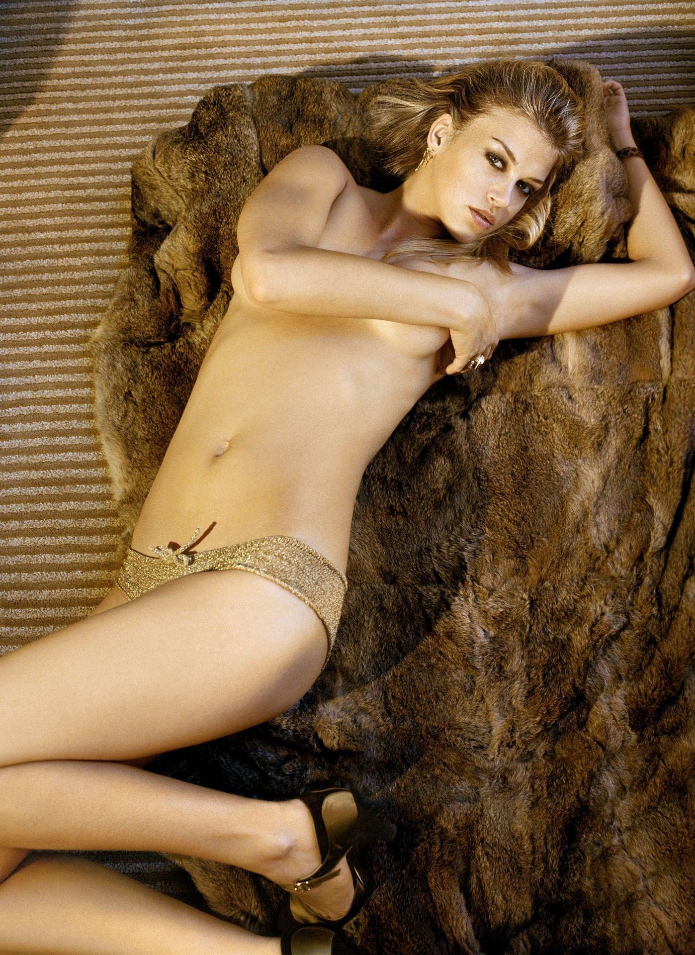 Adrianne Palicki Nude Sexy 1