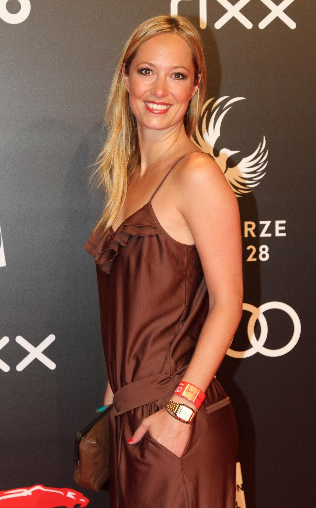 Angela Finger-Erben Sexy Collection (34 Photos + Video)