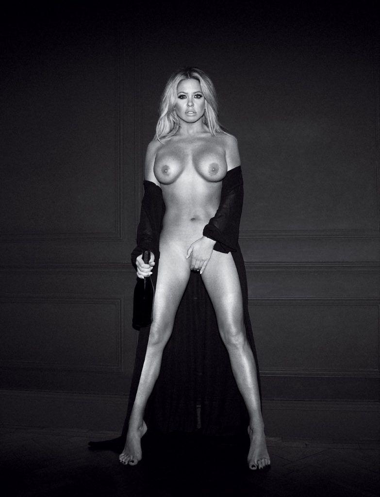 Bianca Gascoigne Nude & Sexy Collection (129 Photos)
