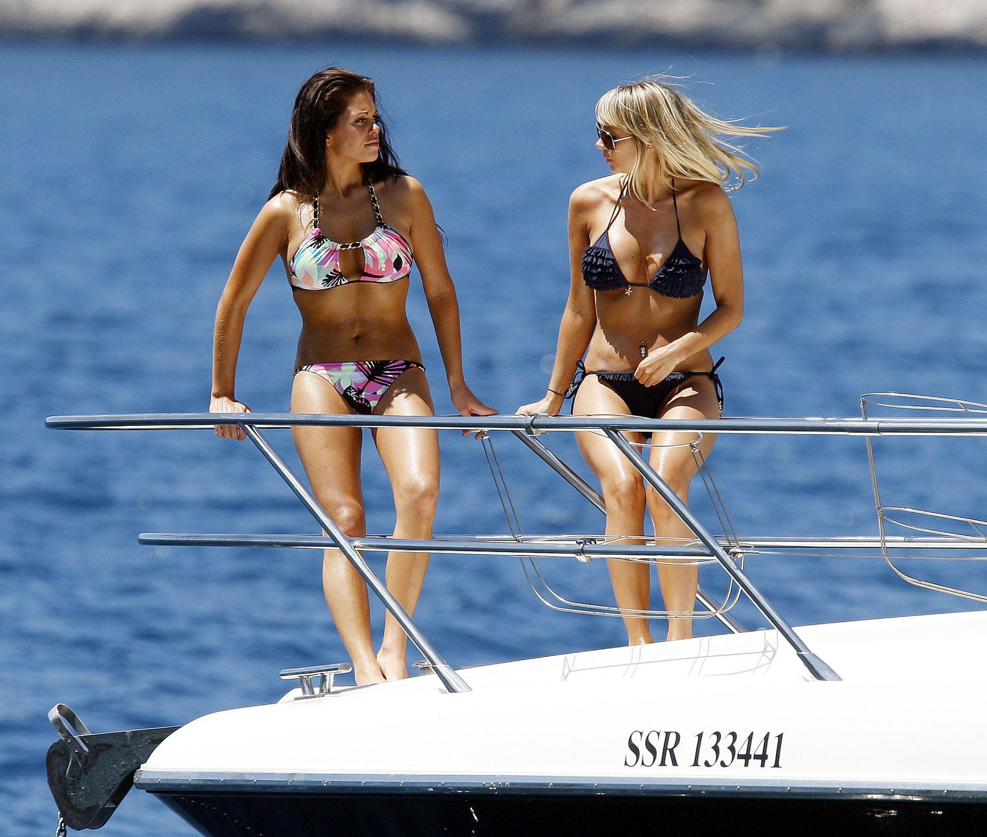 bianca-gascoigne-nude-sexy-28-thefappeningblog.com_.jpg