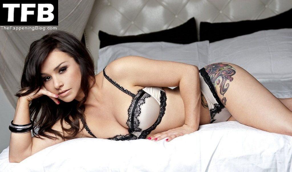 Danielle Harris Nude & Sexy Collection (45 Photos)