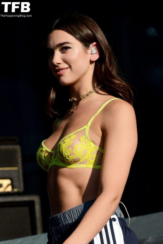 Dua Lipa Nude & Sexy (22 Photos)