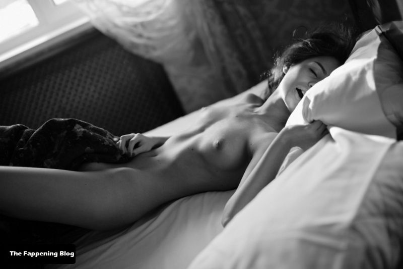 Ekaterina Zueva Nude & Sexy Collection (93 Photos)