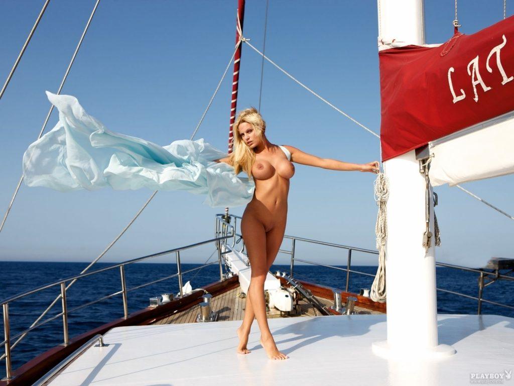 Gina-Lisa Lohfink Nude & Sexy Collection – Part 1 (150 Photos)