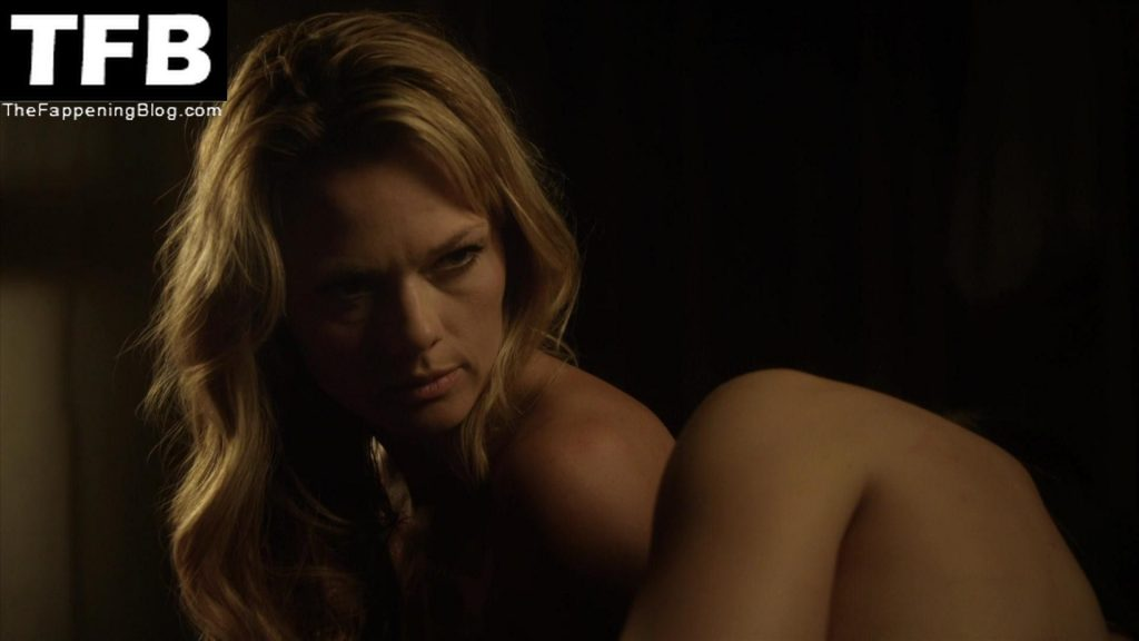 Kate Levering Sexy & Topless Collection (11 Photos)