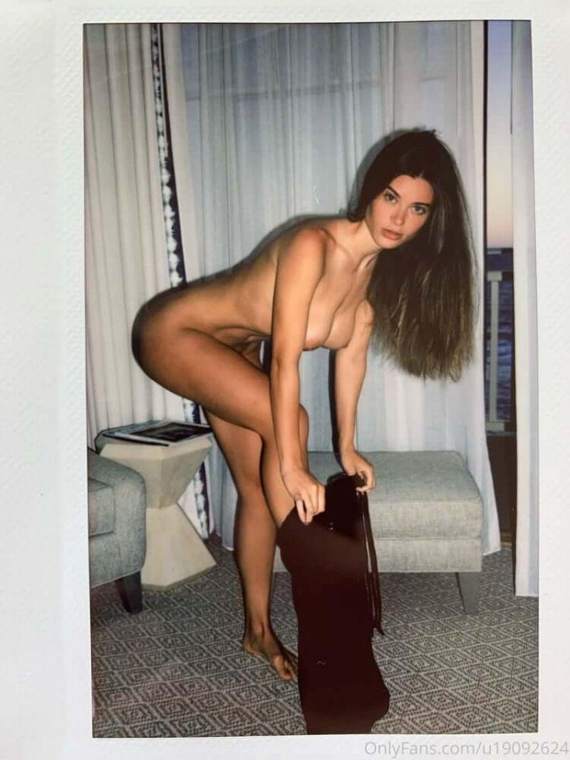 Lana Rhoades Nude Porn Collection (65 Photos + Videos)