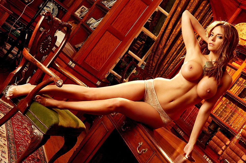 Lucy Becker Nude & Sexy Collection (90 Photos)