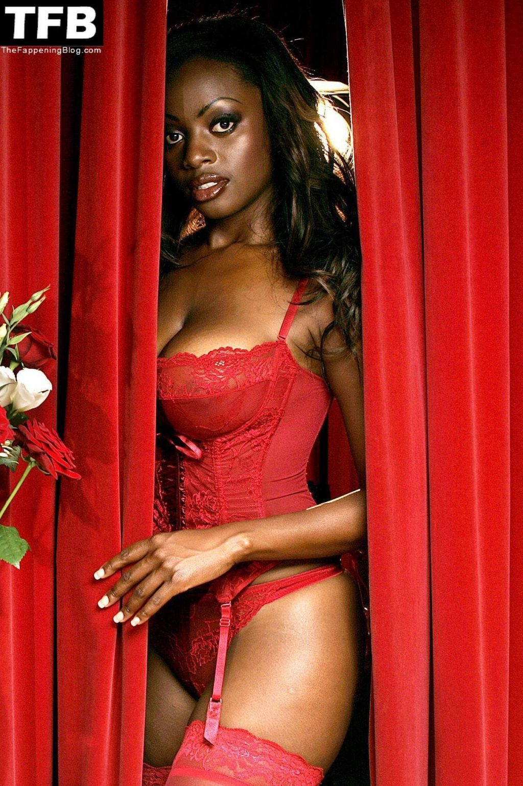 Makosi Musambasi Nude & Sexy Collection (20 Photos)