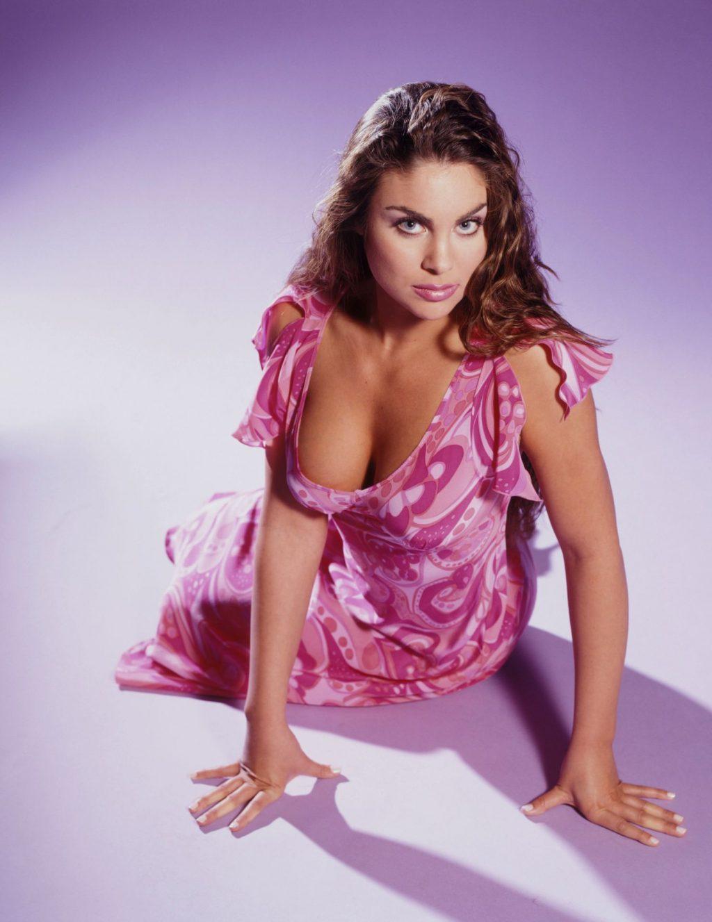 Nadia Bjorlin Nude & Sexy Collection (52 Photos)