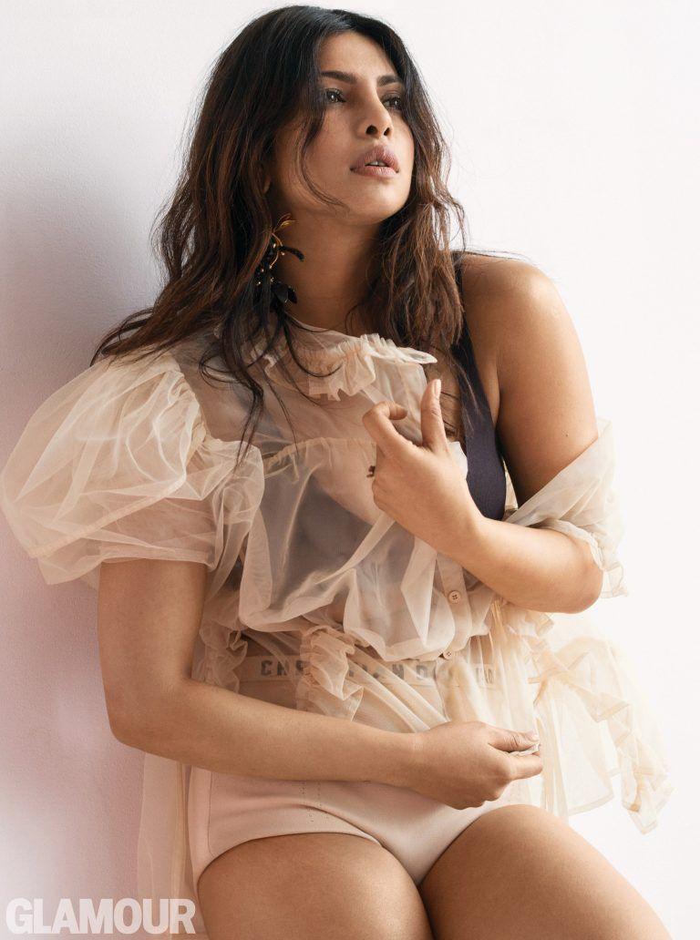 Priyanka Chopra Jonas Sexy Collection (38 Photos + Videos)