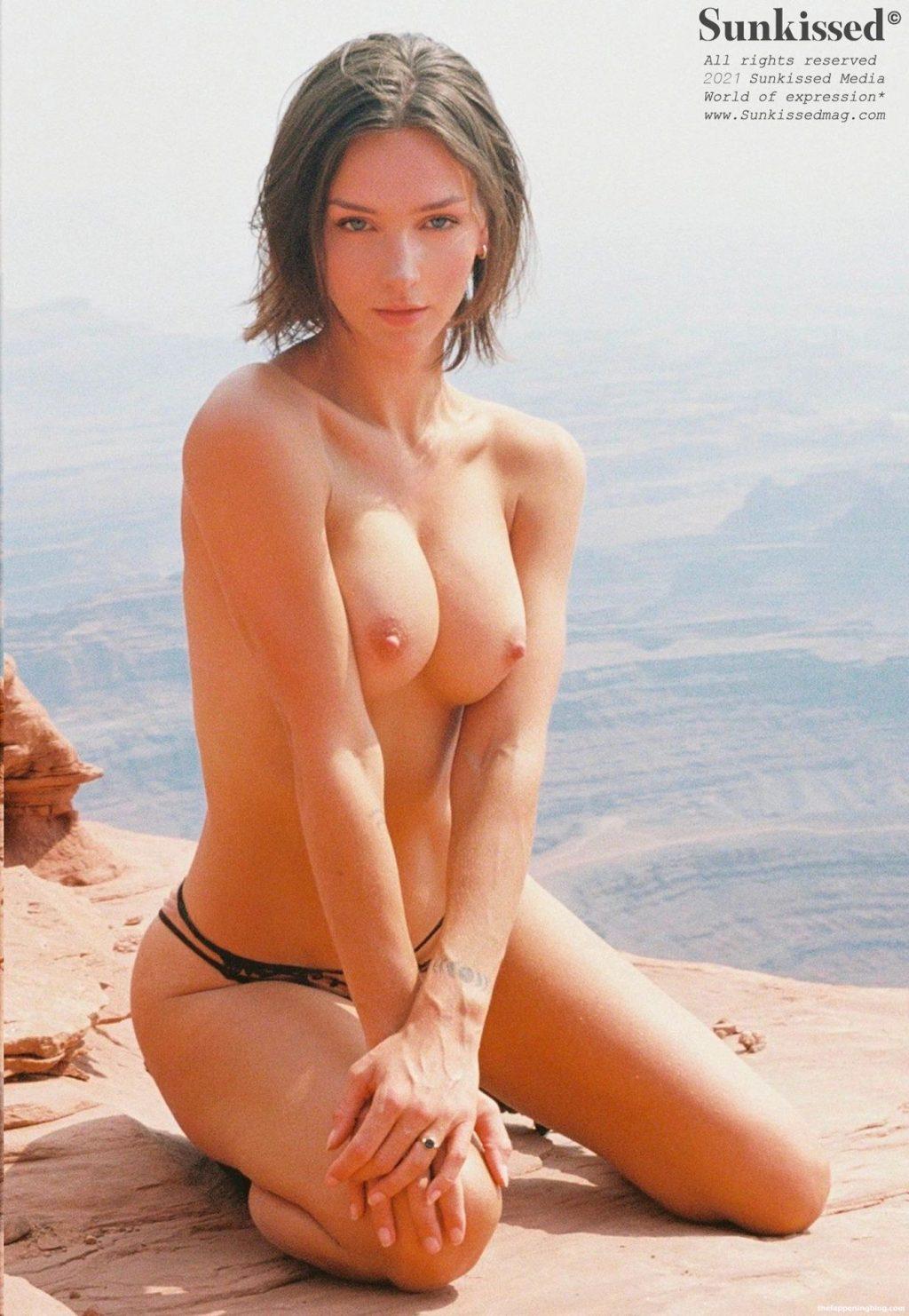 Rachel Cook Nude & Sexy – Sunkissed (64 Photos)