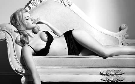Talulah Riley Sexy & Topless Collection (28 Photos + Videos)