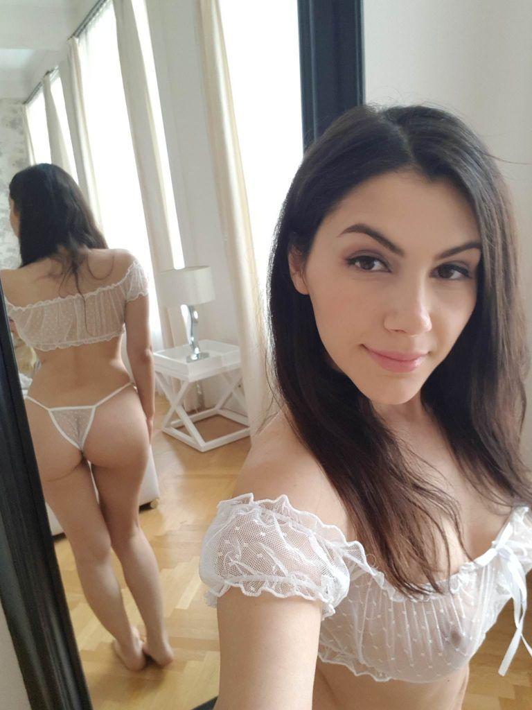 Valentina Nappi Nude & Sexy Collection (37 Photos)