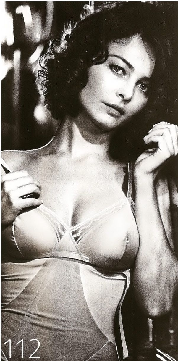 Violante Placido Nude & Sexy Collection (32 Photos + Videos)