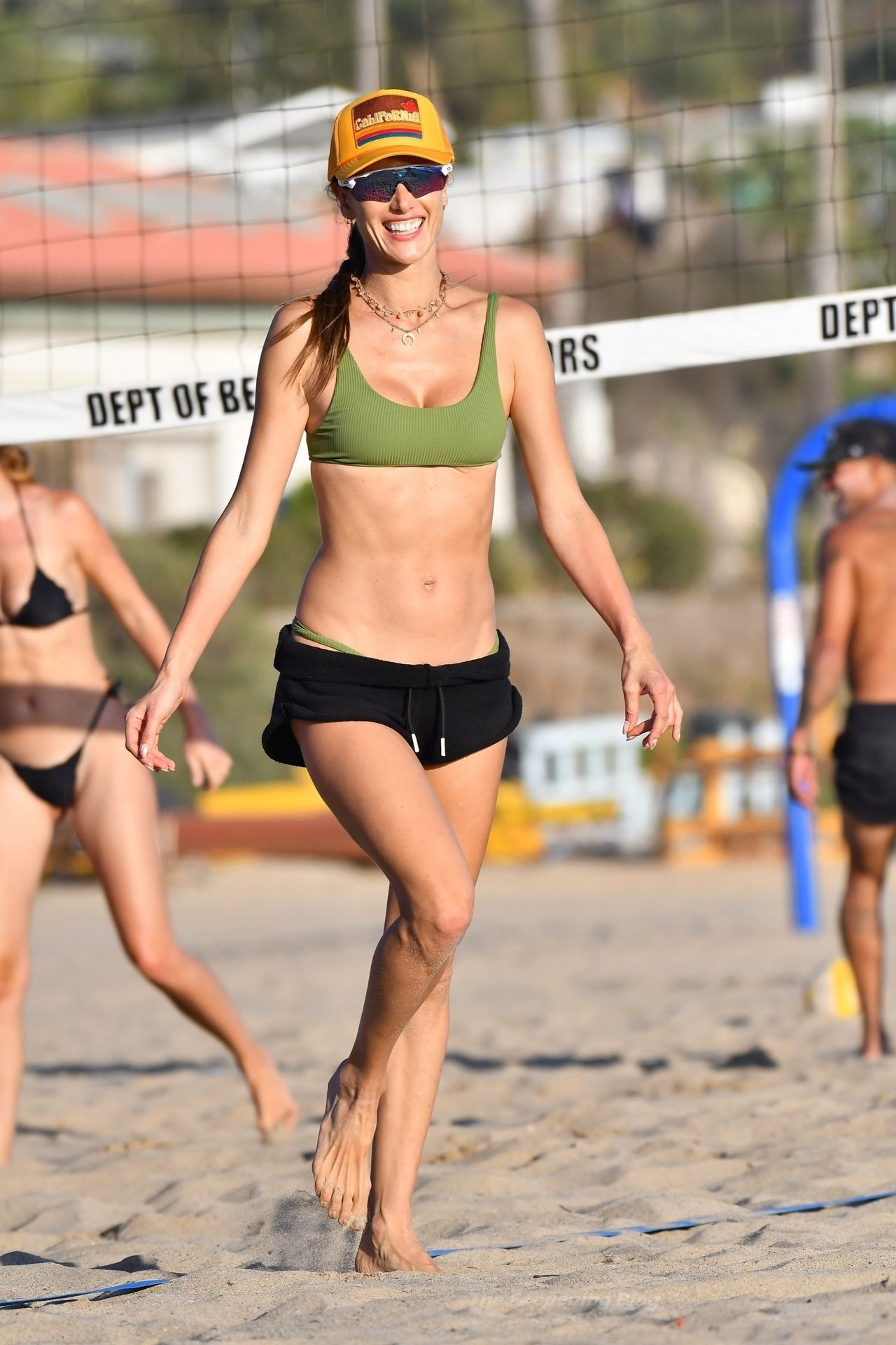 Alessandra Ambrosio Sexy on Beach 11