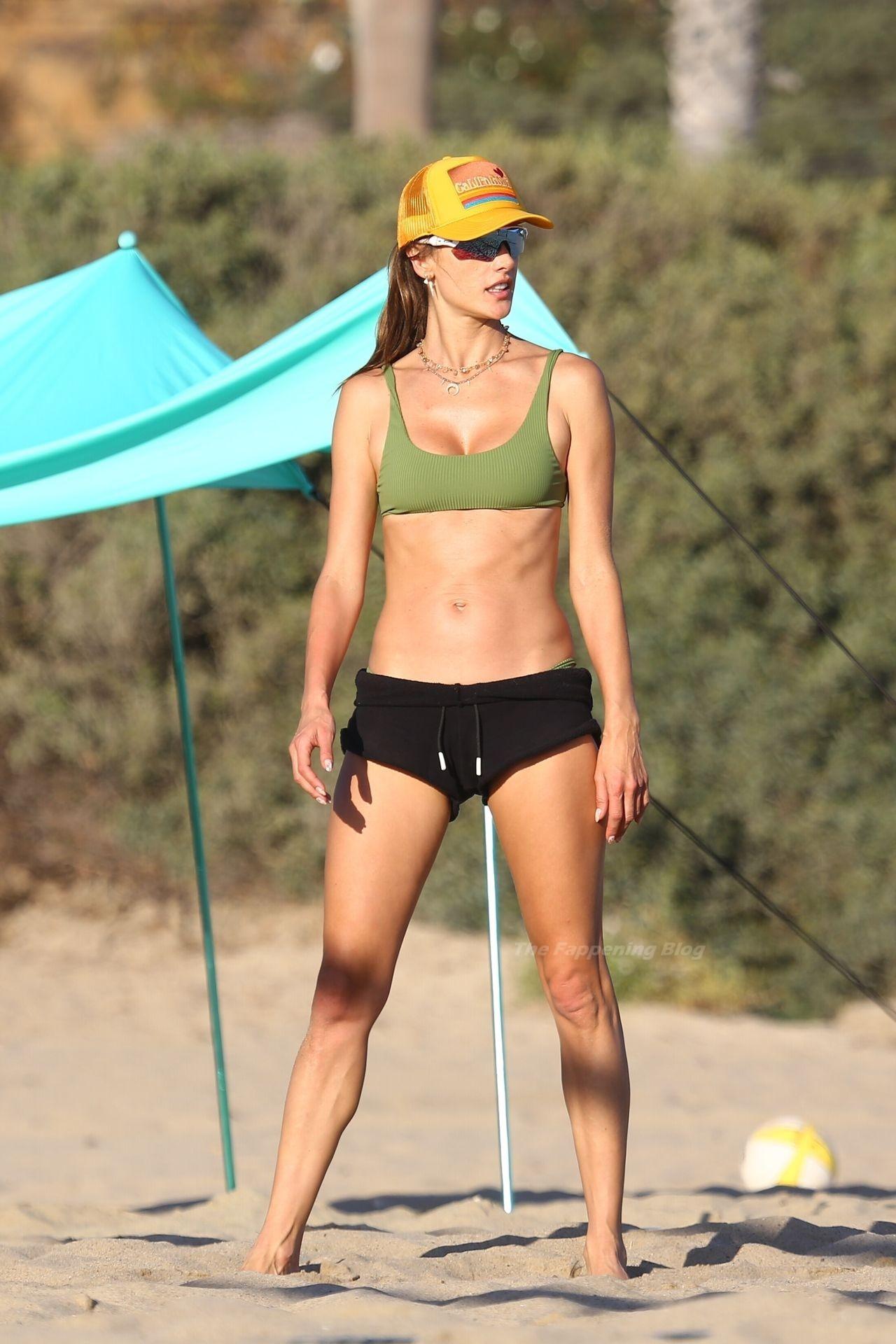 Alessandra Ambrosio Sexy on Beach 101