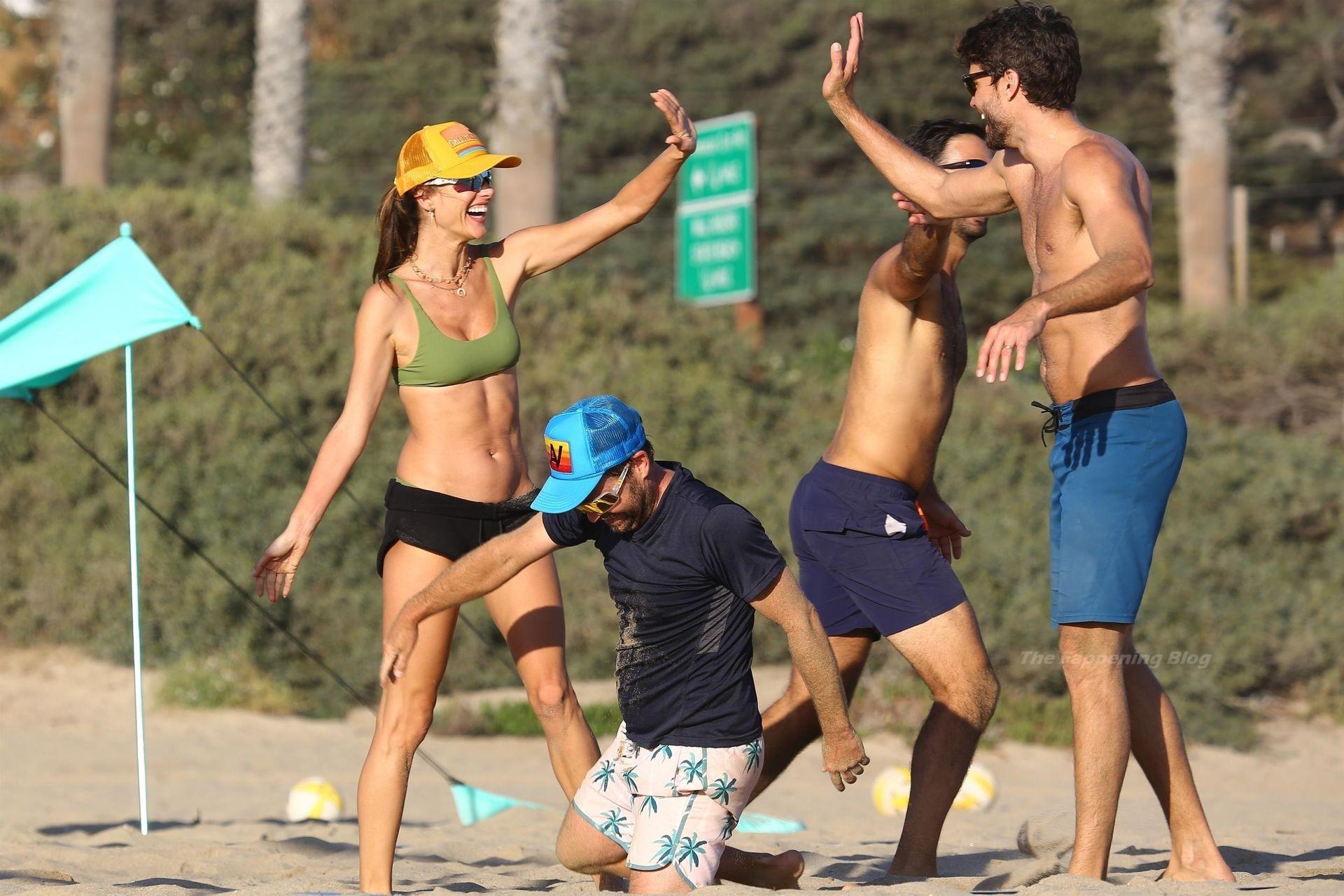 Alessandra Ambrosio Sexy on Beach 106