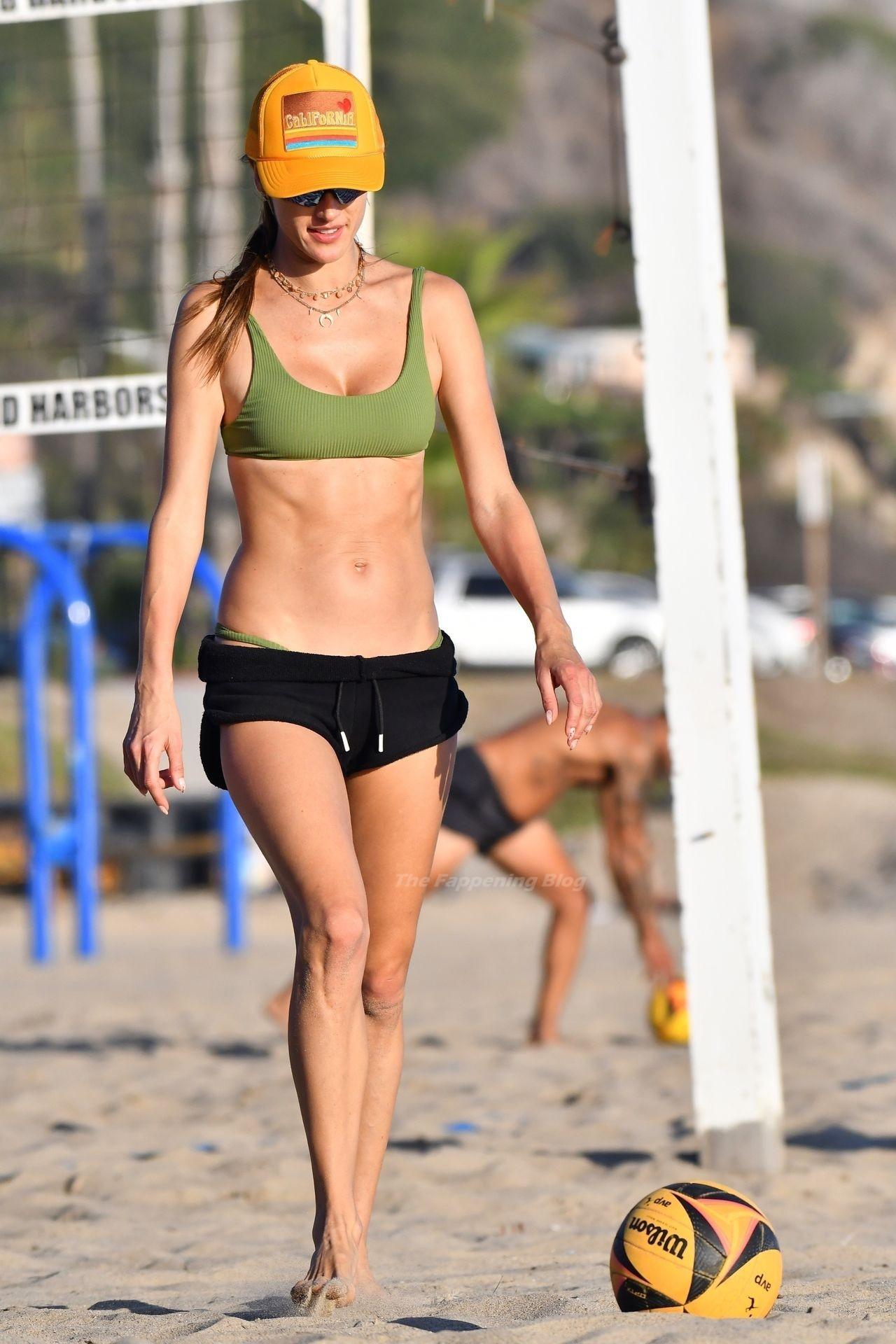 Alessandra Ambrosio Sexy on Beach 13