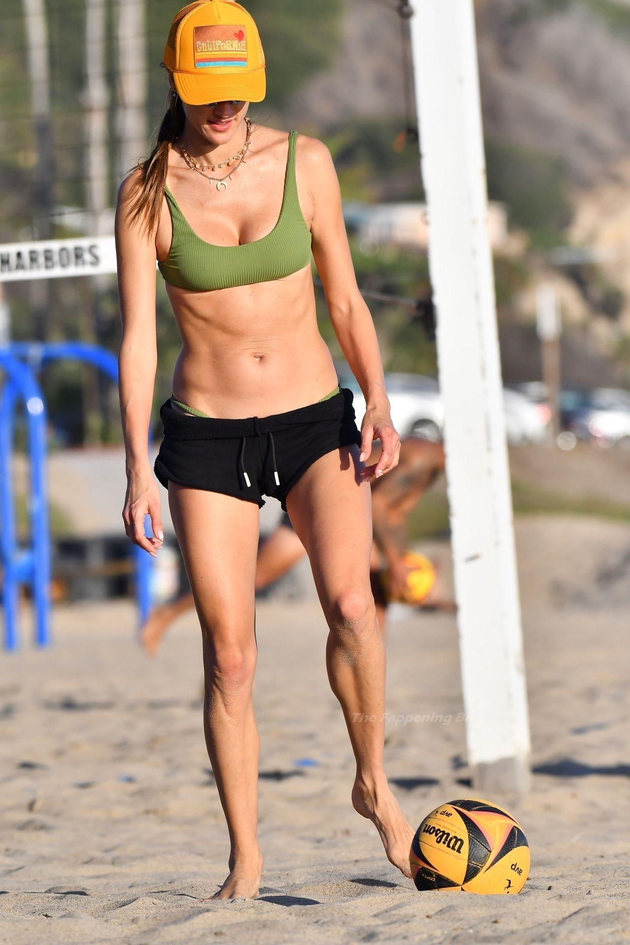 Alessandra Ambrosio Sexy on Beach 14