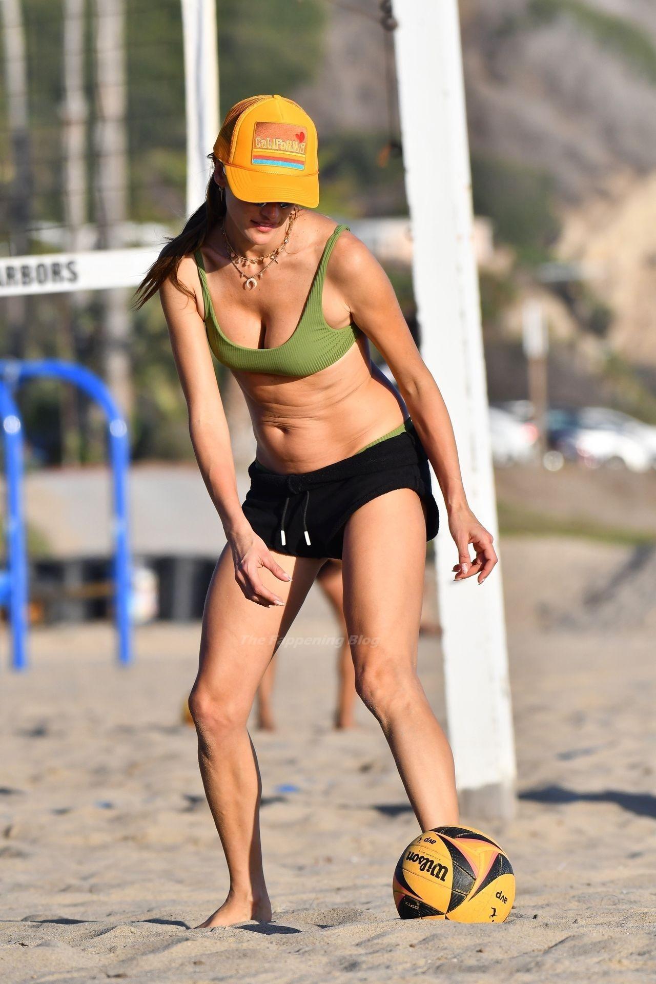 Alessandra Ambrosio Sexy on Beach 15