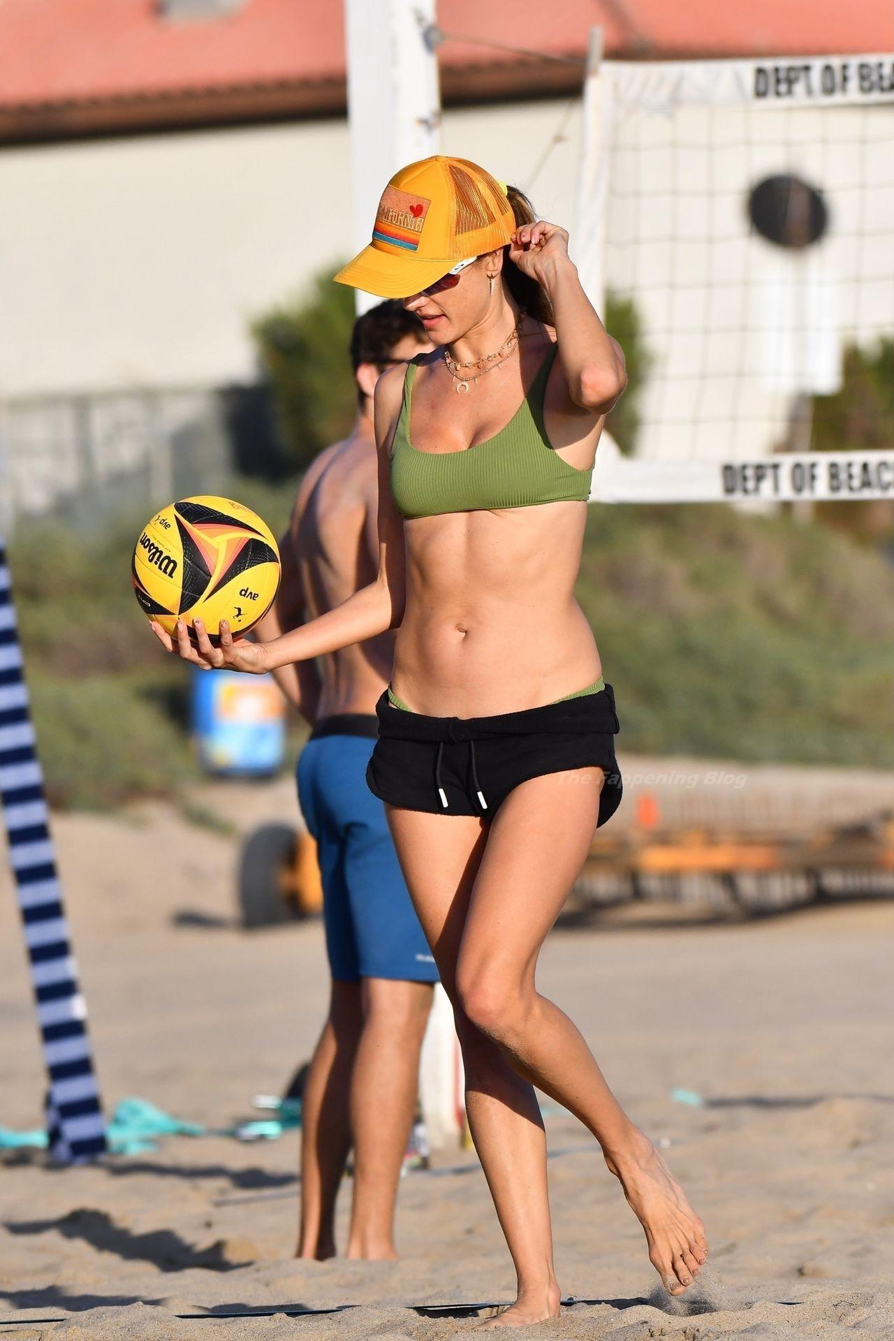 Alessandra Ambrosio Sexy on Beach 19