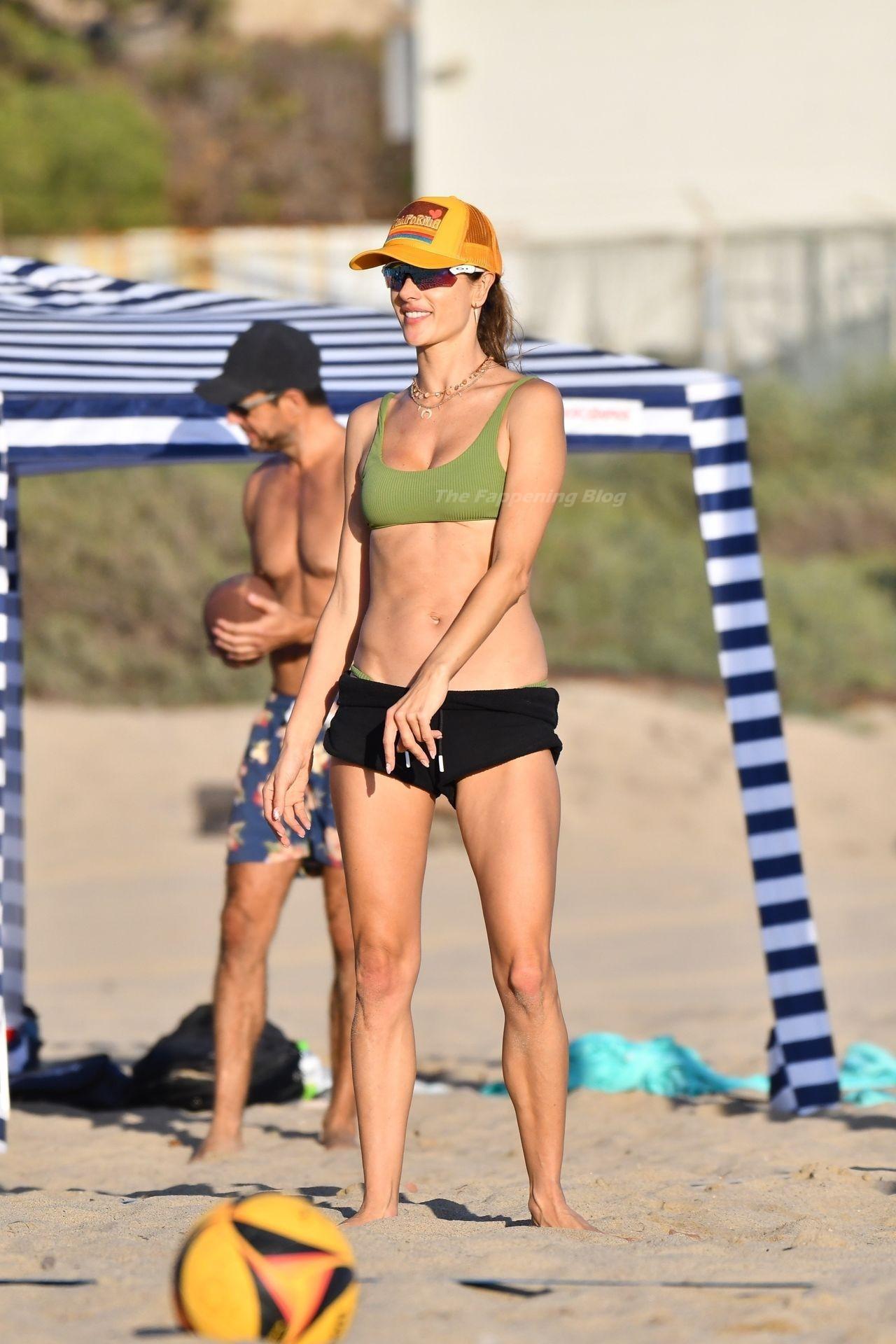 Alessandra Ambrosio Sexy on Beach 25