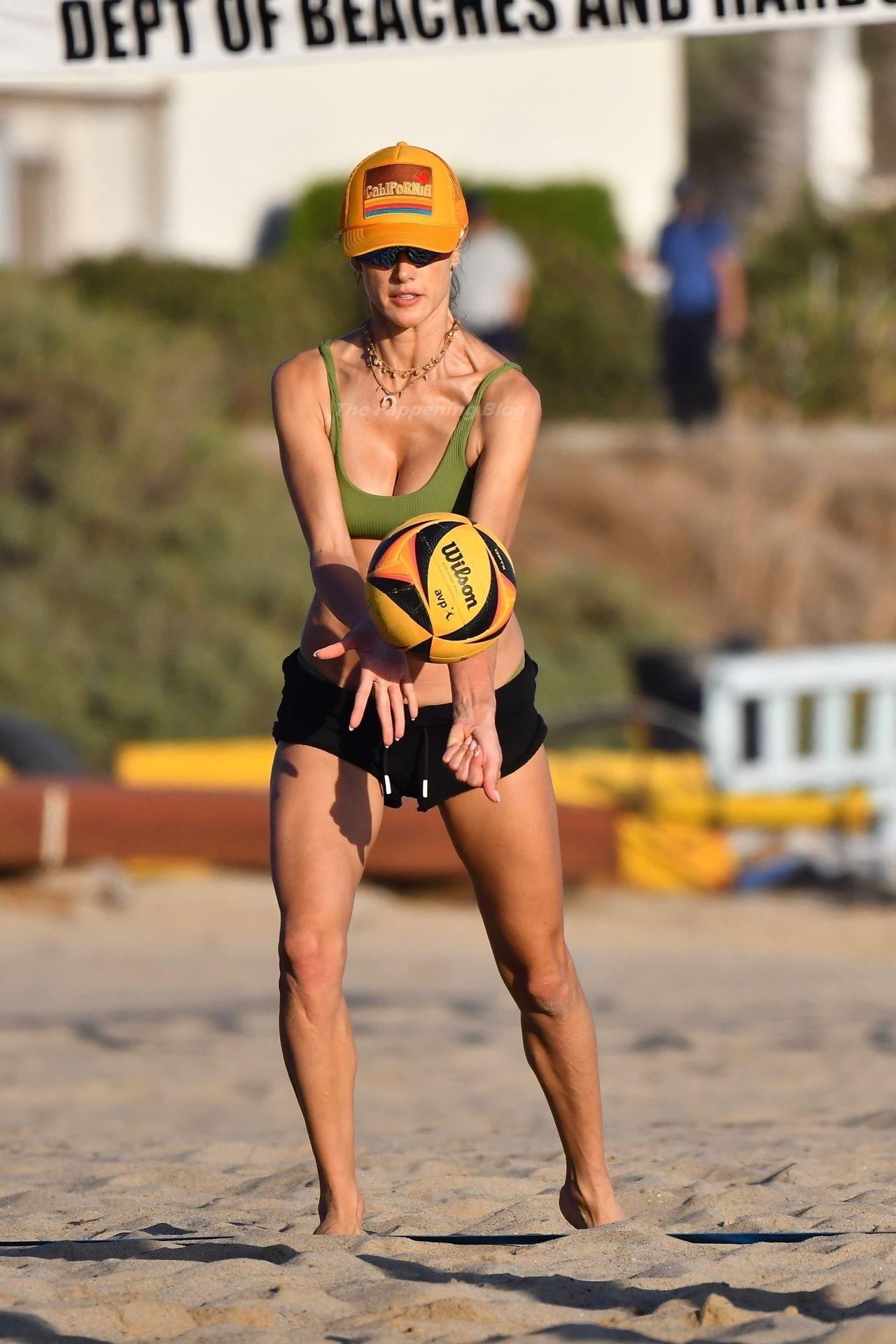 Alessandra Ambrosio Sexy on Beach 26
