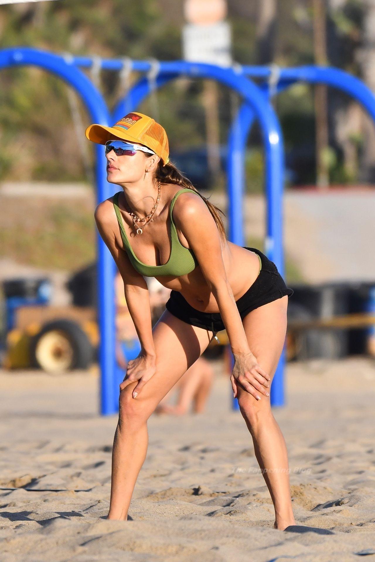 Alessandra Ambrosio Sexy on Beach 29