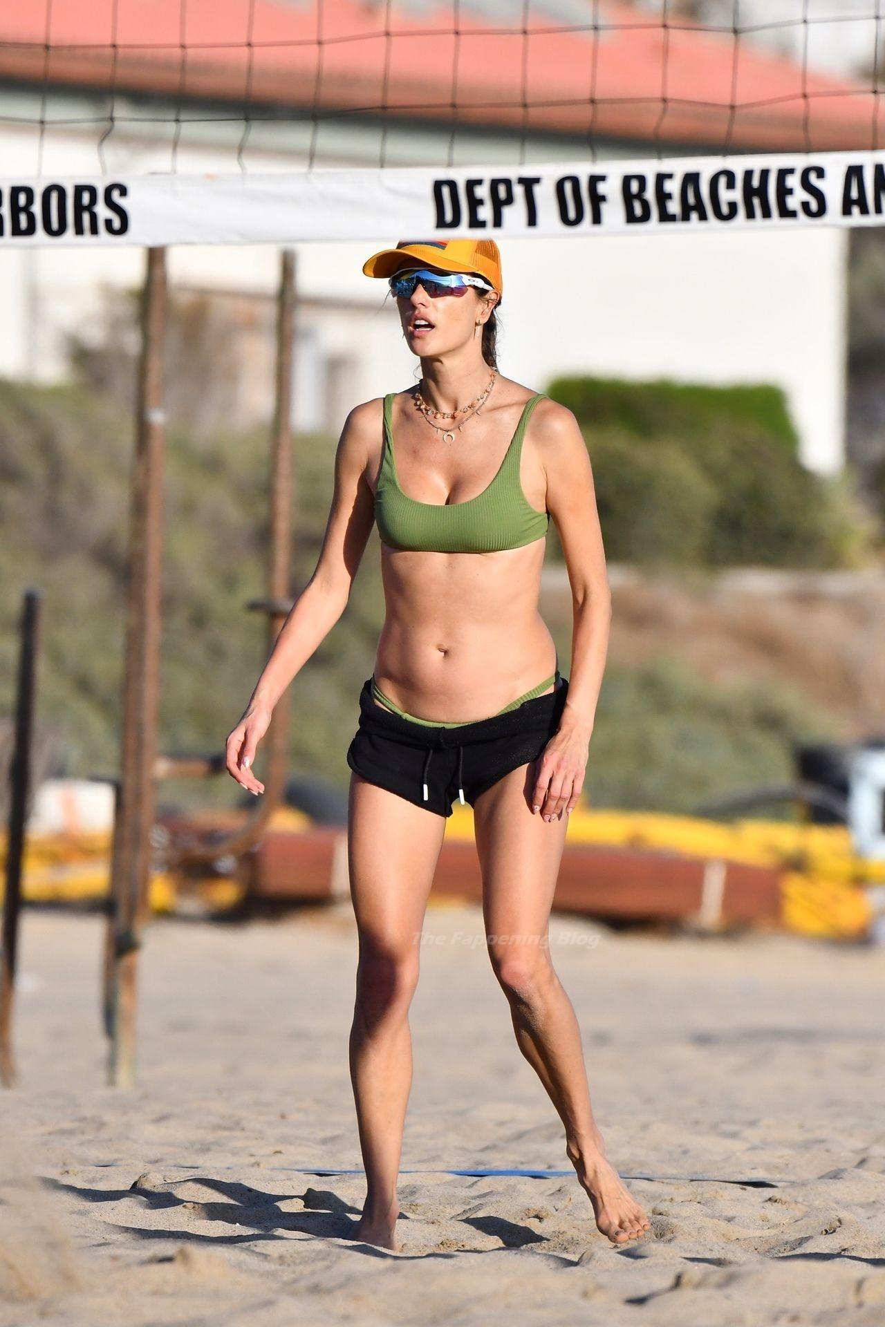 Alessandra Ambrosio Sexy on Beach 5