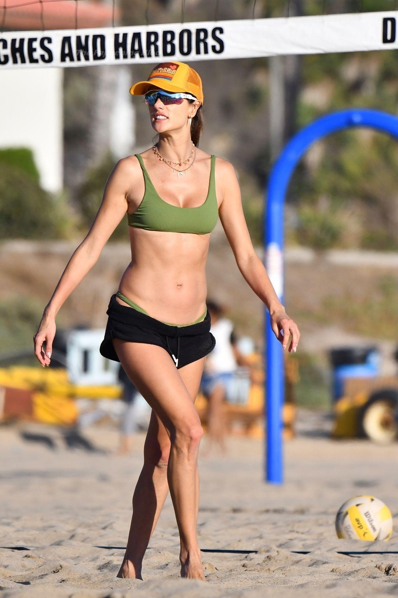 Alessandra Ambrosio Sexy on Beach 6