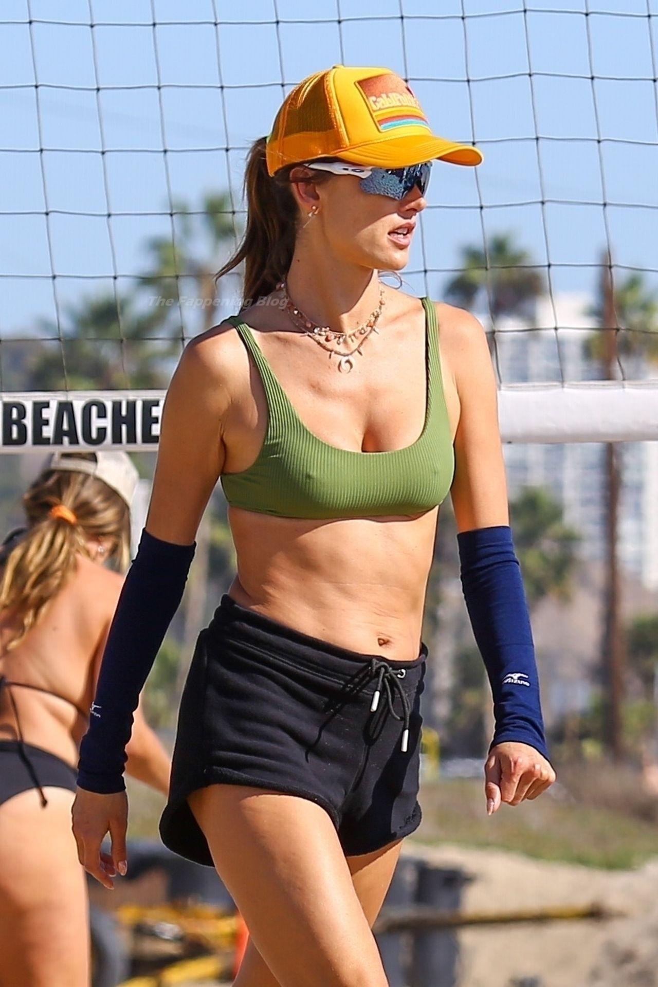 Alessandra Ambrosio Sexy on Beach 51