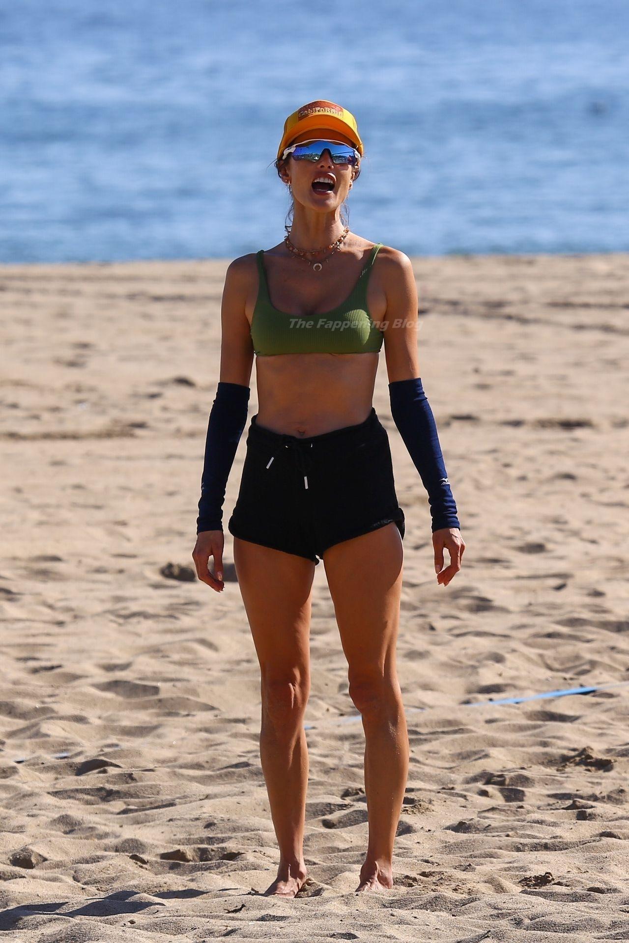 Alessandra Ambrosio Sexy on Beach 61