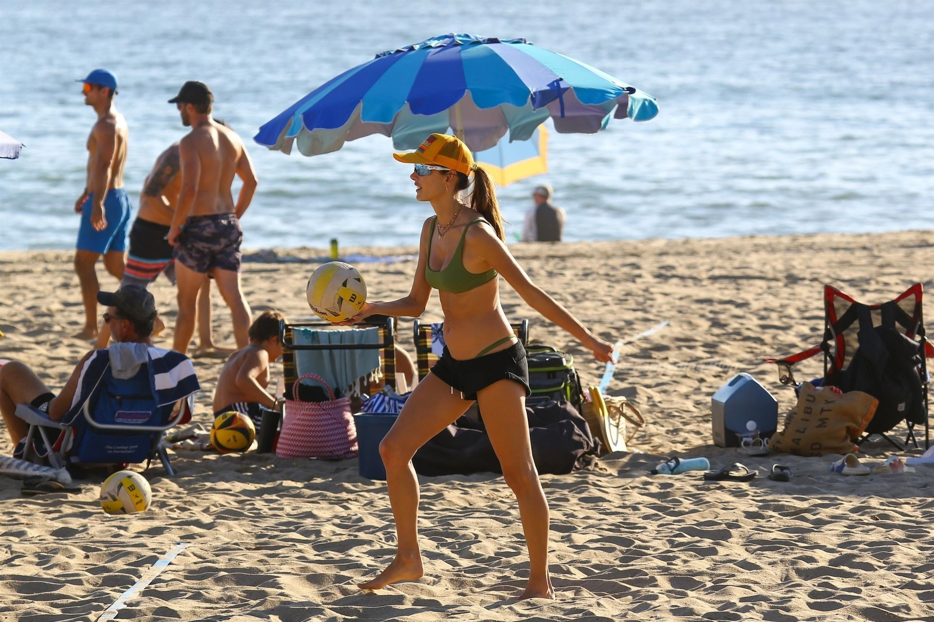 Alessandra Ambrosio Sexy on Beach 66