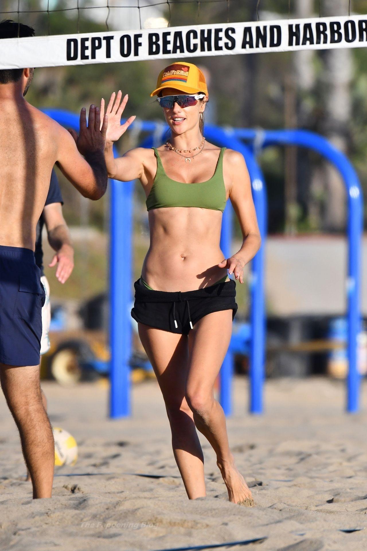 Alessandra Ambrosio Sexy on Beach 8