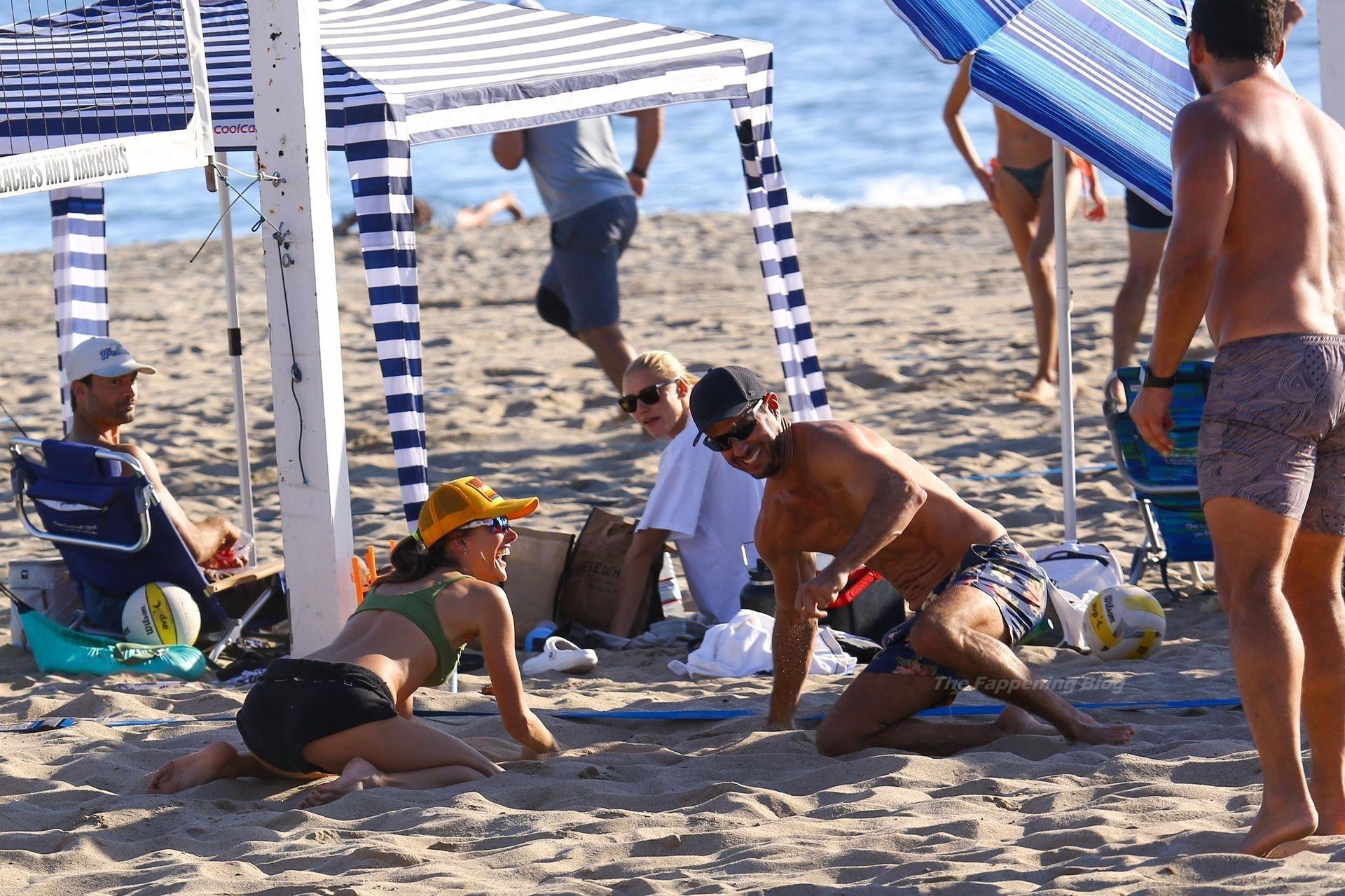 Alessandra Ambrosio Sexy on Beach 78