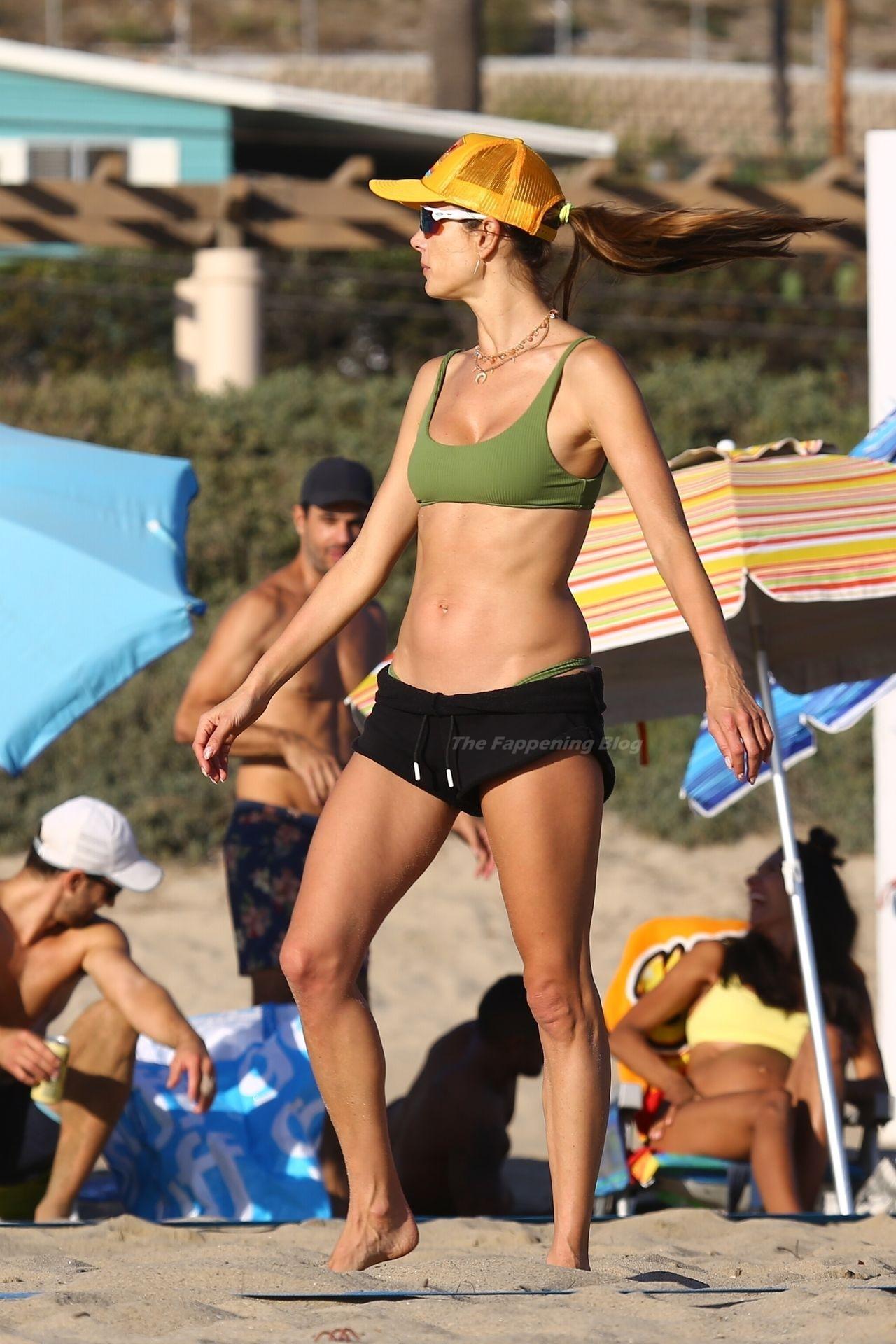 Alessandra Ambrosio Sexy on Beach 82