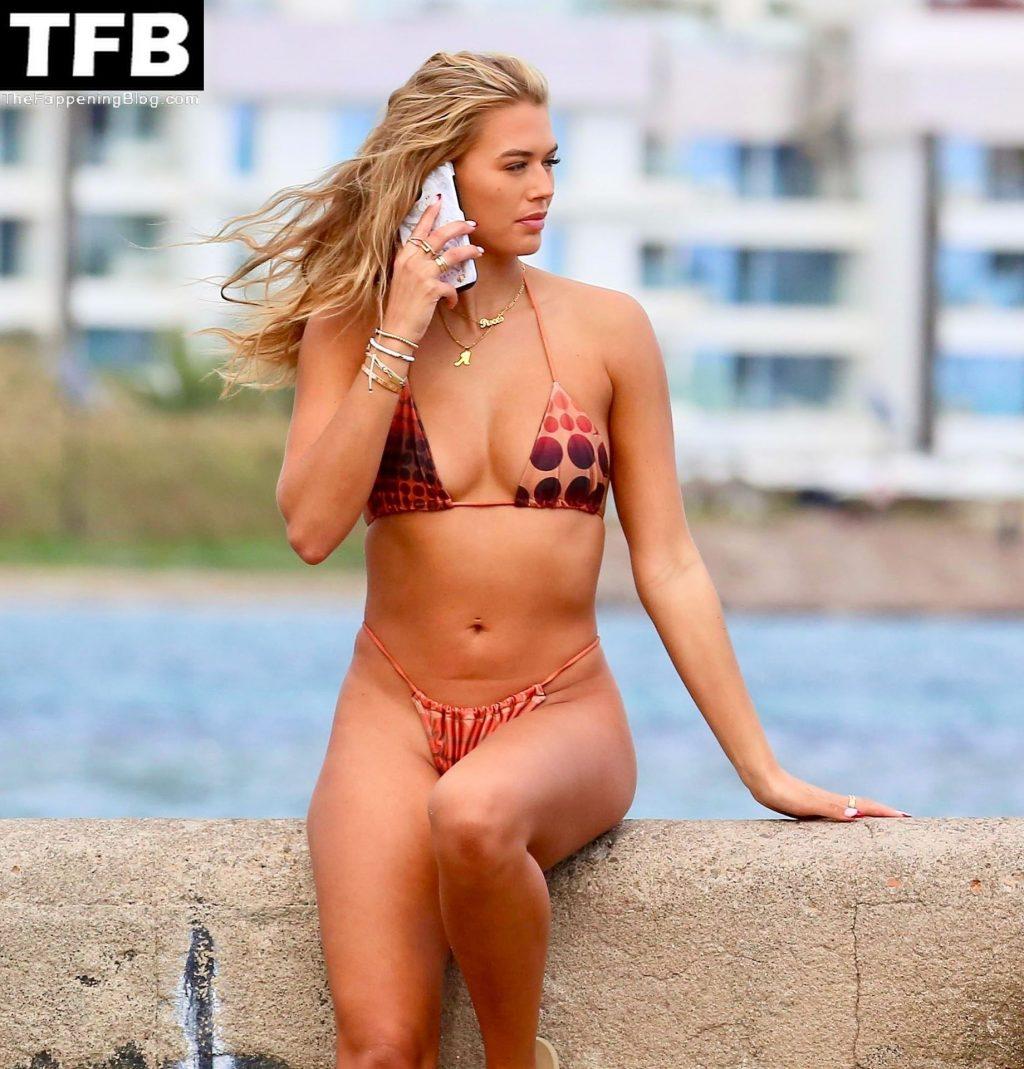 Arabella Chi Looks Stunning Posing Up in a Bikini Out in Ibiza (22 Photos)