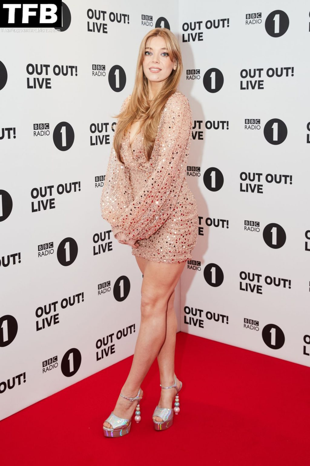 Becky Hill Looks Sexy at the BBC Radio 1 Out Out! Live Concert (10 Photos)