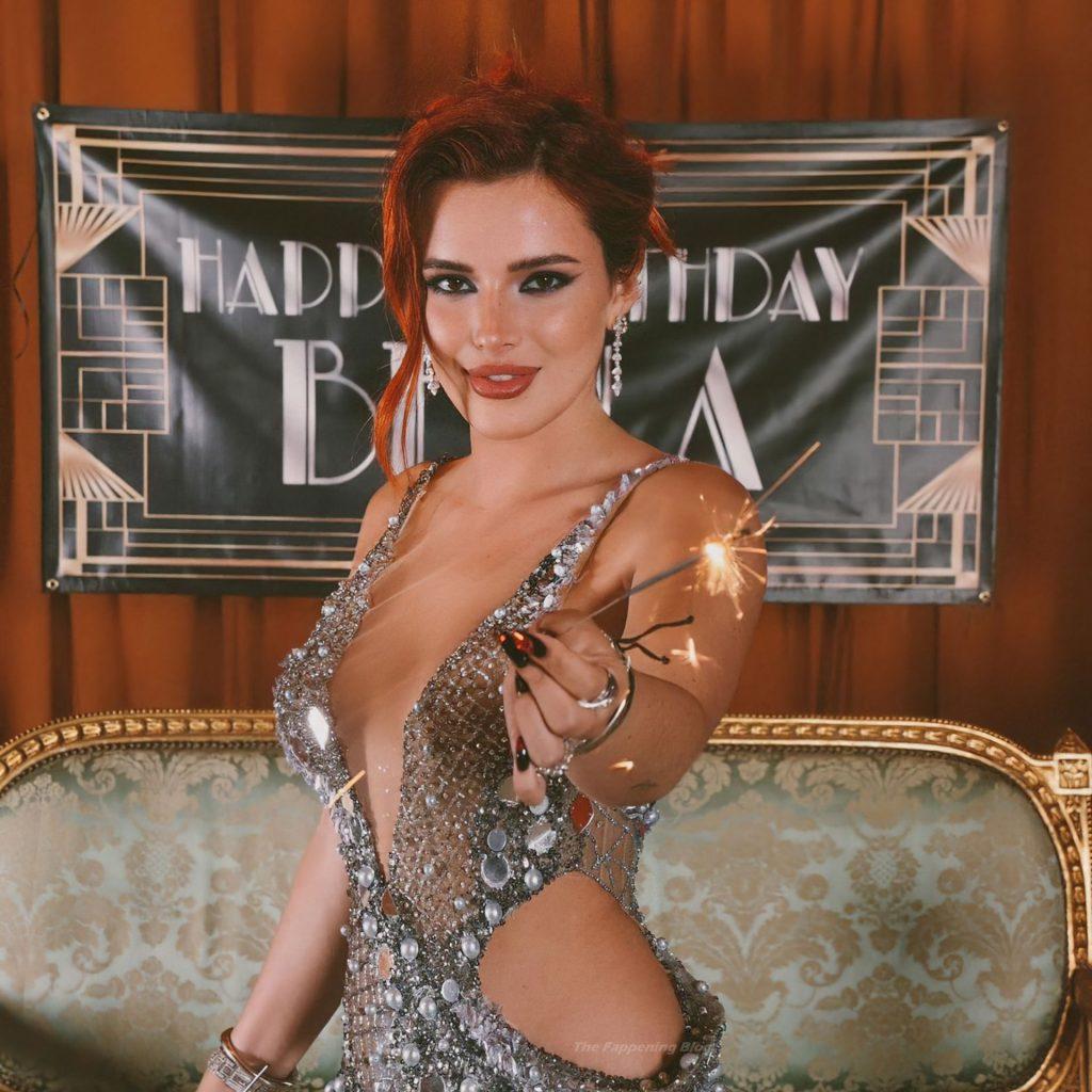 Bella Thorne Sexy Collection (8 Photos)