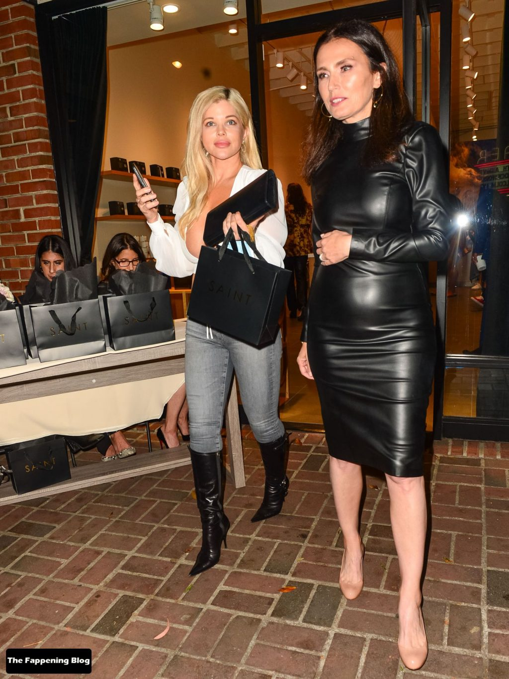 Donna D'Errico Leaves Little to the Imagination as She Steps Out in Santa Monica (54 Photos)