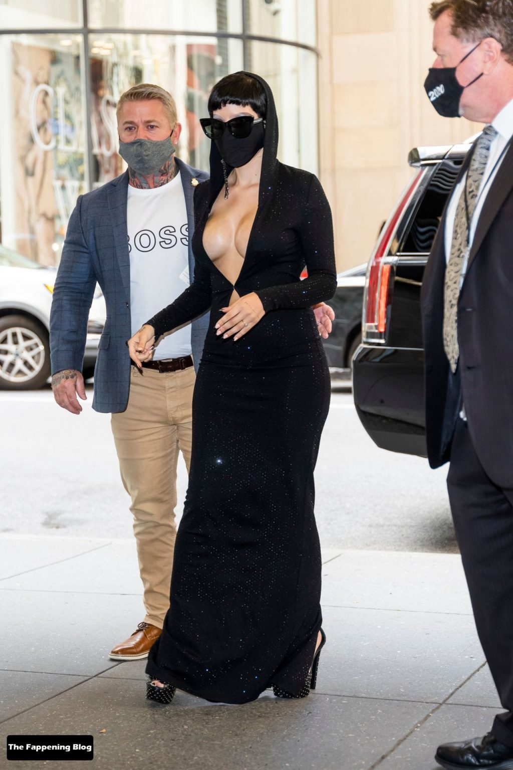 Halsey Shows Off Her Boobs in New York City (9 Photos) [Updated]