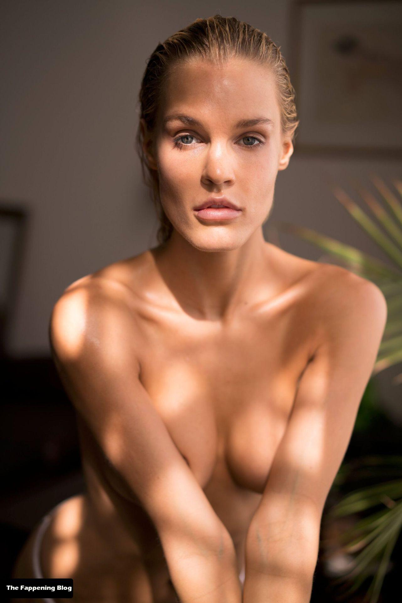 Joy Corrigan Nude Tits 22