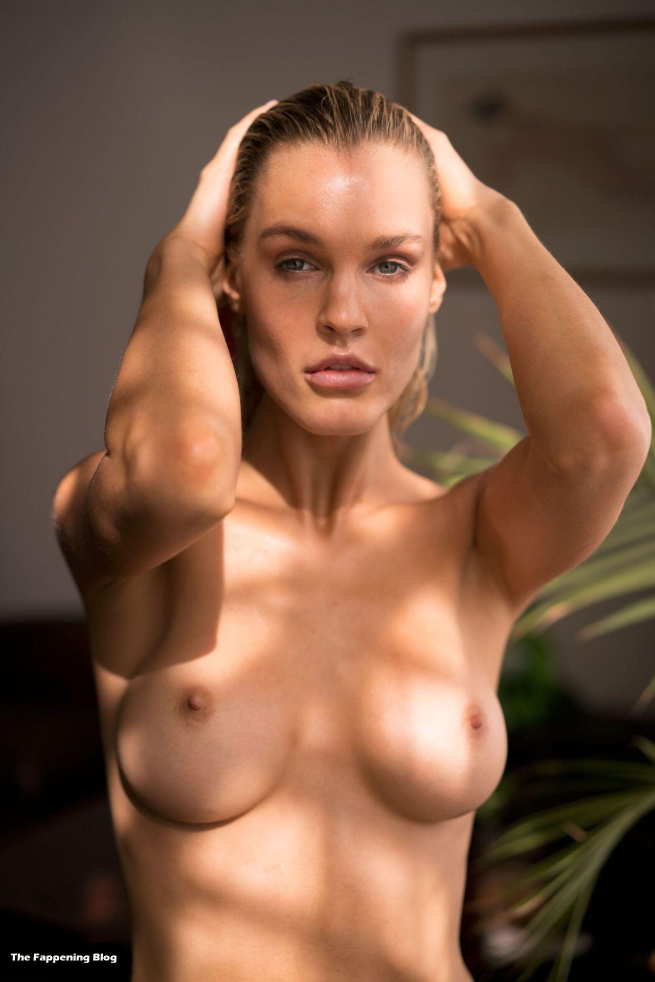 Joy Corrigan Nude Tits 21