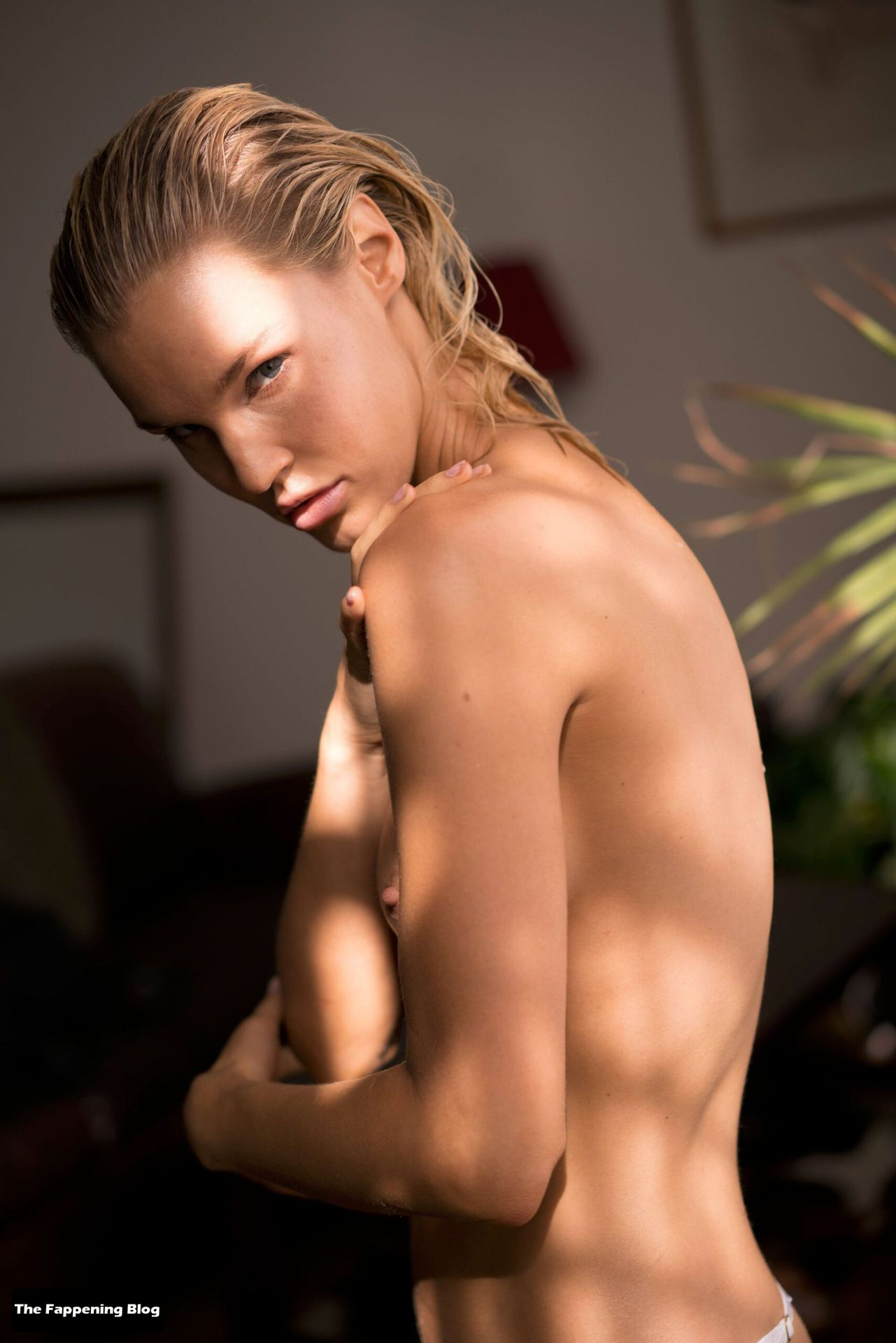 Joy Corrigan Nude Tits 11