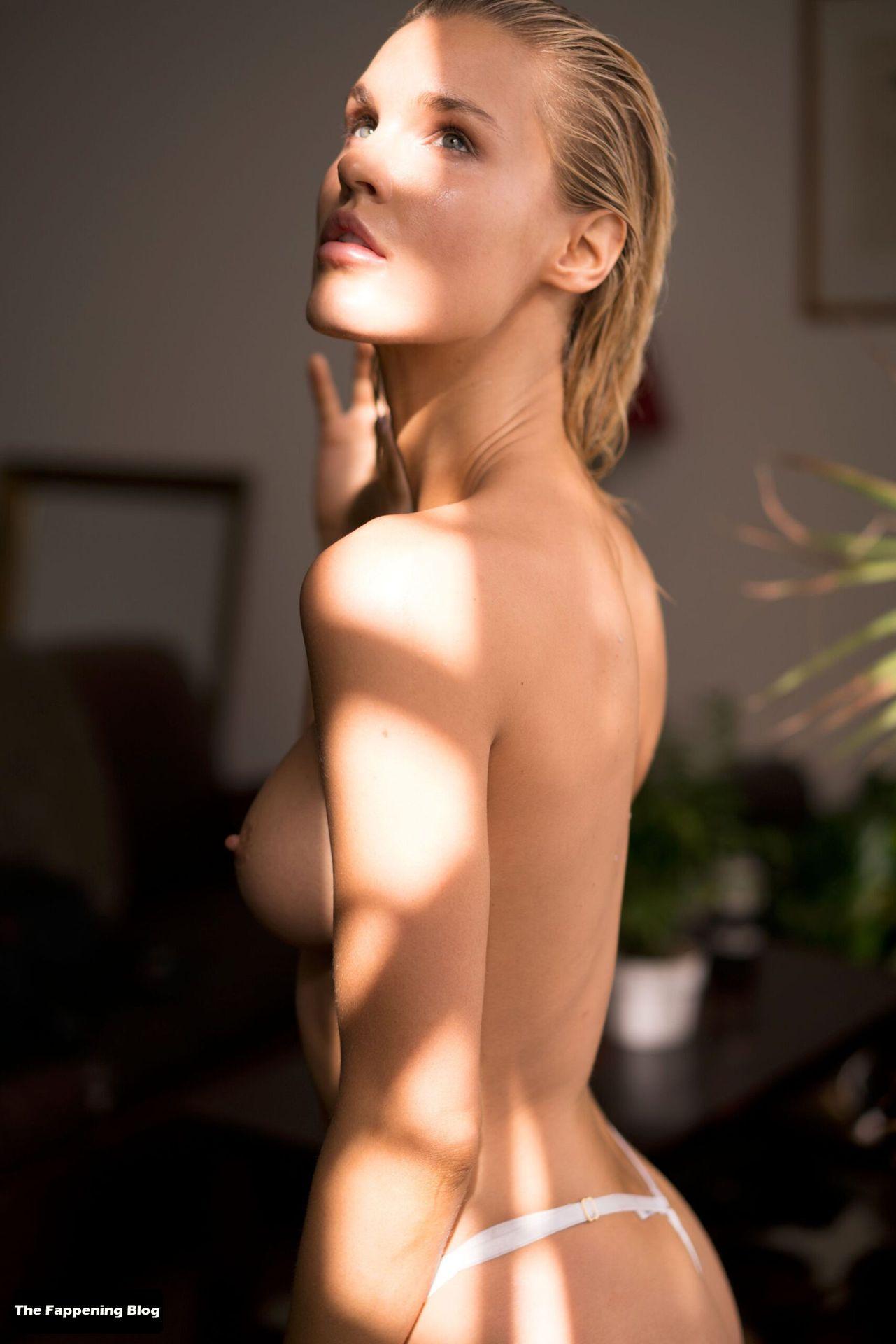 Joy Corrigan Nude Tits 24